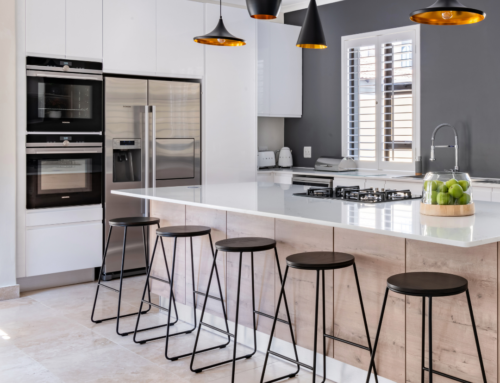 10 REASONS WHY YOU SHOULD USE AN EASYLIFE KITCHENS DESIGNER